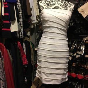 White dress (medium) new